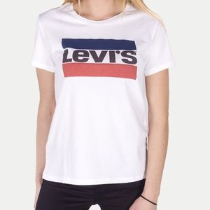 Levi's graphic t-shirt